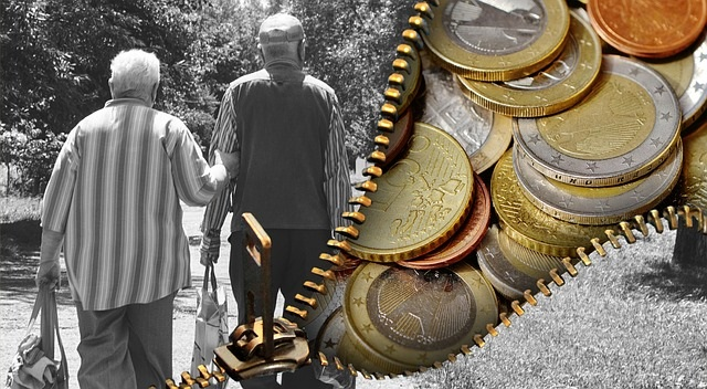 Schmuckbild zweigeteilt Betriebsrentner und Geldstücken